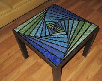 Mesa de mosaico por ReelFurnishings en Etsy