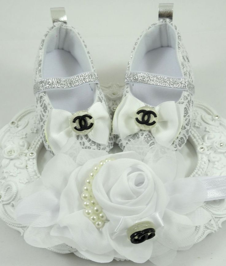 Baby Crib Shoes and Headband Set, Newborn Baby Girl Shoes, Baby Accessories #Handmade #CribShoes