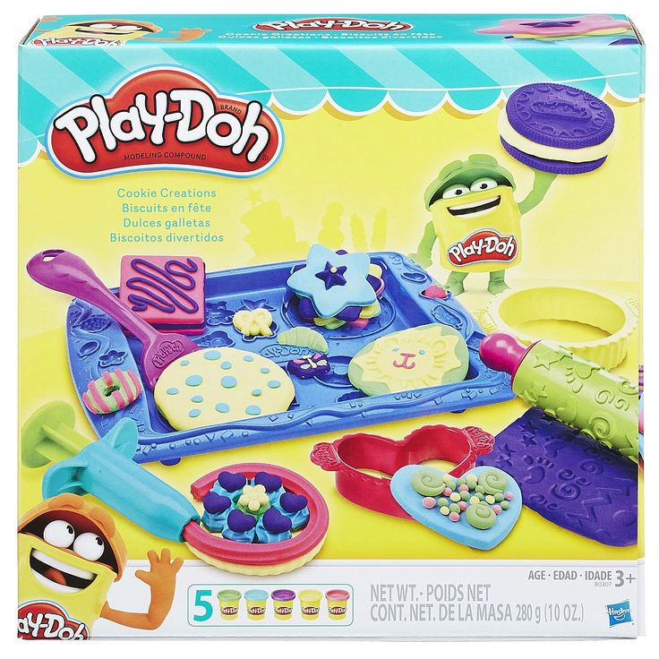 Open your own make-believe bakery and create the most colourful Play-Doh cookies you can imagine! Make lots of pretend treats without the sweets right on the tray using the rolling pin and 4 cutters. Decorate your imaginary cookies with Play-Doh icing from the extruder and wacky candies from the half-molds around the tray. What kinds of crazy cookies can you create? Whether you want to decorate with rainbows, triple layers, or Play-Doh chocolate chips, the choice is yours!<br><br>...