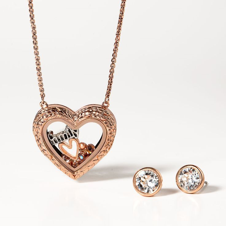 The new rose gold toggle chain with a medium rose gold locket and ...   736x736