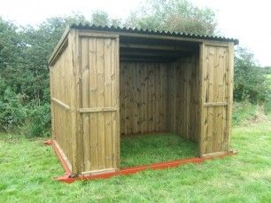 how to build a horse shelter on skids