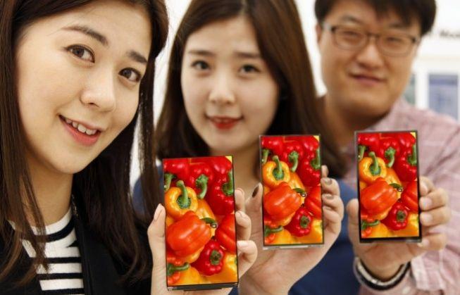 LG presenta nueva pantalla Full HD de 5.3 pulgadas para smartphones con bisel de tan solo 0,7mm, más pequeño que el espesor de una tarjeta de crédito (0.8mm)