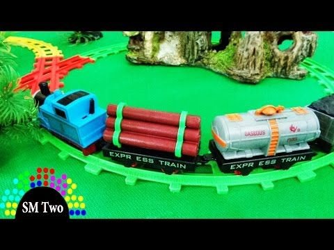 Xe lửa đồ chơi Thomas hoạt hình chạy bánh đà cho trẻ em THOMAS and FRIENDS CARTOON TRAIN | SM Two: Xe lửa đồ chơi Thomas hoạt hình chạy bằng bánh đà cho trẻ em THOMAS and FRIENDS CARTOON TRAIN. Bộ đường ray Thomas & Friend này không thích   Số người xem: 207347. Đánh giá: 3.07/5 Star.Cập nhật ngày: 2015-08-30 01:11:15. 83 Like. Bạn đang xem video clip tại website: https://xemtet.com/. Hãy ủng hộ XEM TẸT bạn nhé.