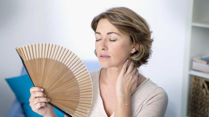 10 Essential Oils for Menopause that All Women Should Know