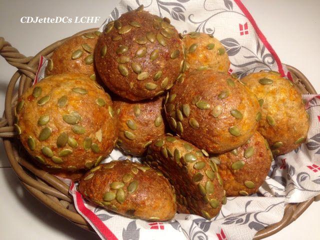 CDJetteDC's LCHF: Græskarkerneosteboller, de bedste madpakkeboller