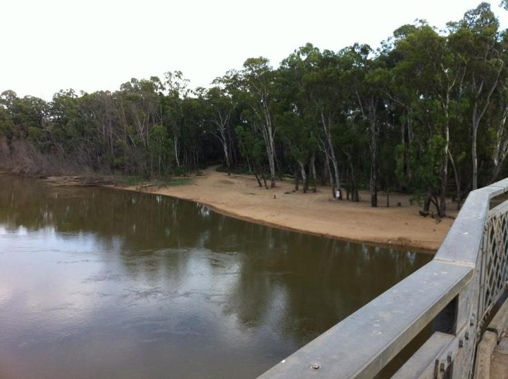 Moama beach from the bridge.