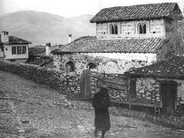 History of Macedonia the historical region of Greece - FOLKLORE SOCIETY CULTURAL EXORAISTIKOS AMPELOKIPON Kastoria (P.E.L.S.A.): November 2012