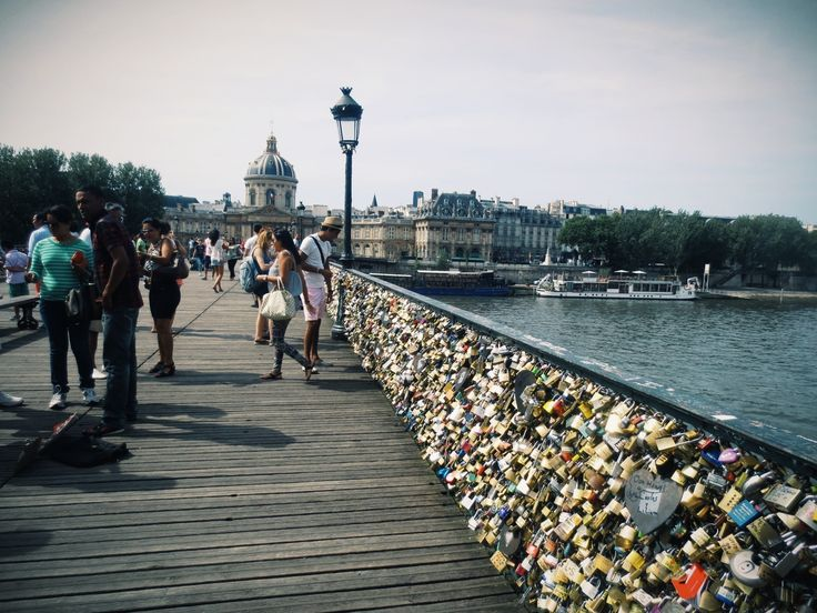 17 best images about all i wish on pinterest dolphins for Love lock bridge in paris