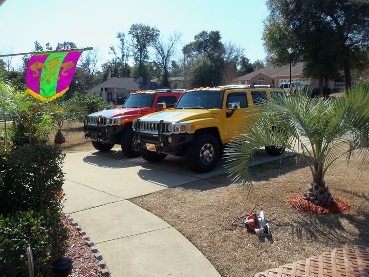 Picture #6-Bonnie still has her yellow Hummer in February, 2011.