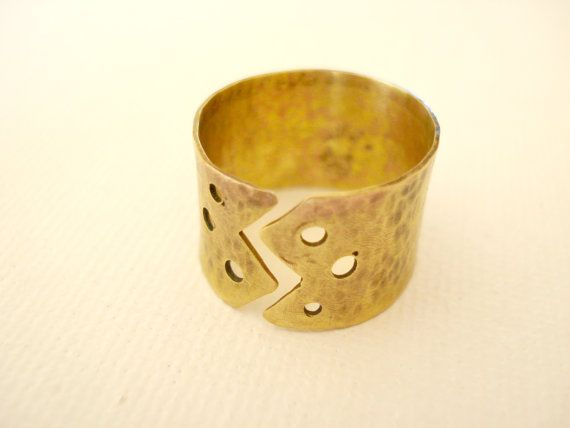 Wide band lightning Brass Ring Rustic Ring by PenelopeStudio, €20.00