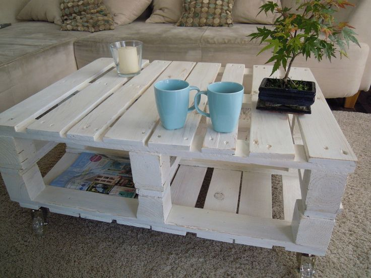 best 25 couchtisch shabby ideas on pinterest couchtisch shabby chic shabby chic lounge and. Black Bedroom Furniture Sets. Home Design Ideas
