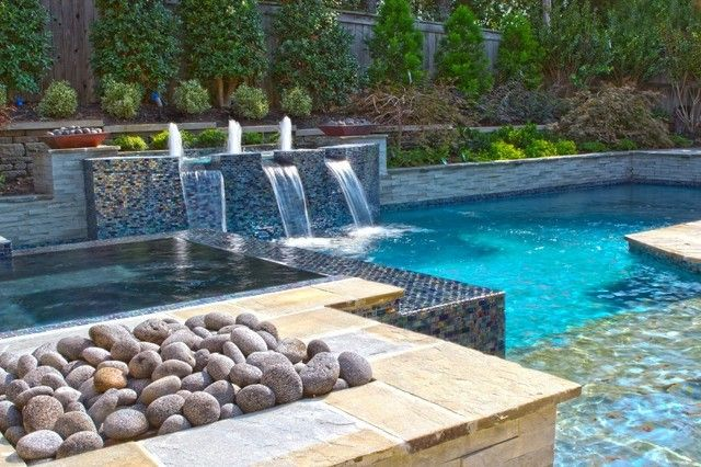 Dise o de piscina con fuentes swimming pools piscina y areas pinterest plunge pool and hot - Diseno de piscinas naturales ...