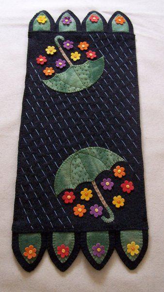 Showers Bring Flowers Wool Penny Rug Tablerunner Pattern