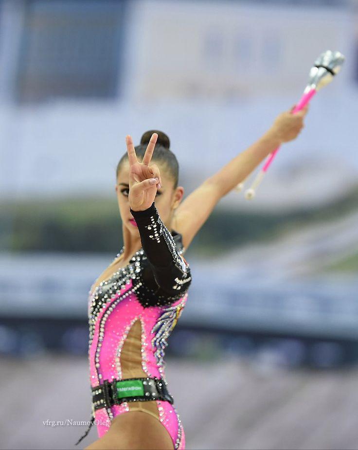Margarita Mamun (Russia) won gold in clubs finals at World Cup (Kazan) 2016