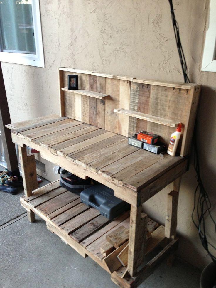 More pallet furniture  Pallet Work BenchPallet. Best 25  Pallet work bench ideas on Pinterest   Potting bench