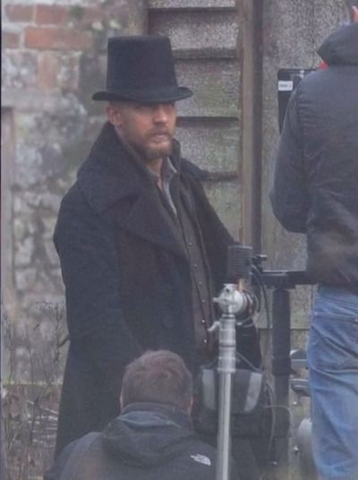 Tom Hardy On The Set Of Quot Taboo Quot Tom Hardy Pinterest
