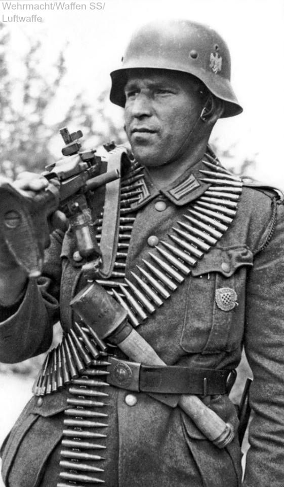 Wehrmacht soldier from the 369th Croatian Reinforced Infantry Regiment armed with a Maschinengewehr 34 (MG-34)