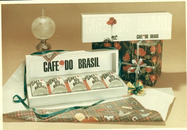 Kimbo coffee Gift Packaging in 60s (1965)  #kimbo #bellebbuono #coffee #vintage