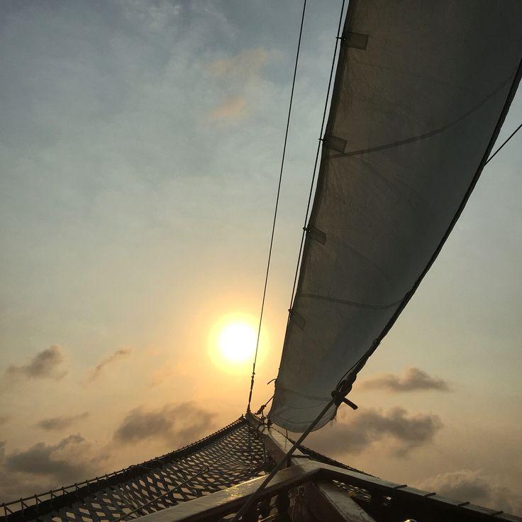 Caribe pirata barco océano atardecer paisaje mar navegar