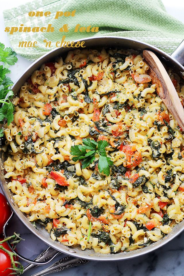One Pot Spinach & Feta Macaroni and Cheese - Stove top, one pot Mac 'n Cheese covered in a creamy feta cheese sauce, tomatoes and fresh spinach. Dinner will be ready in 30 minutes!