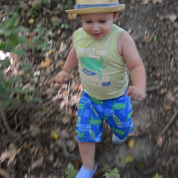 #motionphotography #toddler #baby #outdoorsphotography #hiking #hike #hiker #hikingadventures #grandriver #brantford #ontario #canada #toronto #outdoorsThese are my personal photos from Flickr!
