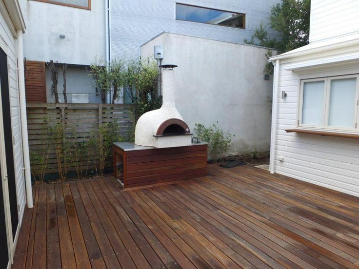 Wood fired pizza oven | Duncan Pascoe Builders