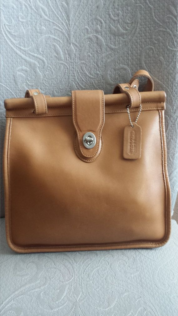 Vintage Coach Weston Leather Purse in Camel