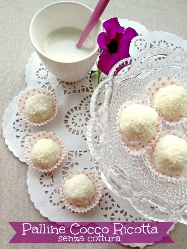 Palline di cocco un dolcino finger food con farina di cocco e ricotta cremoso soffice e buonissimo Ricetta palline di cocco senza cottura