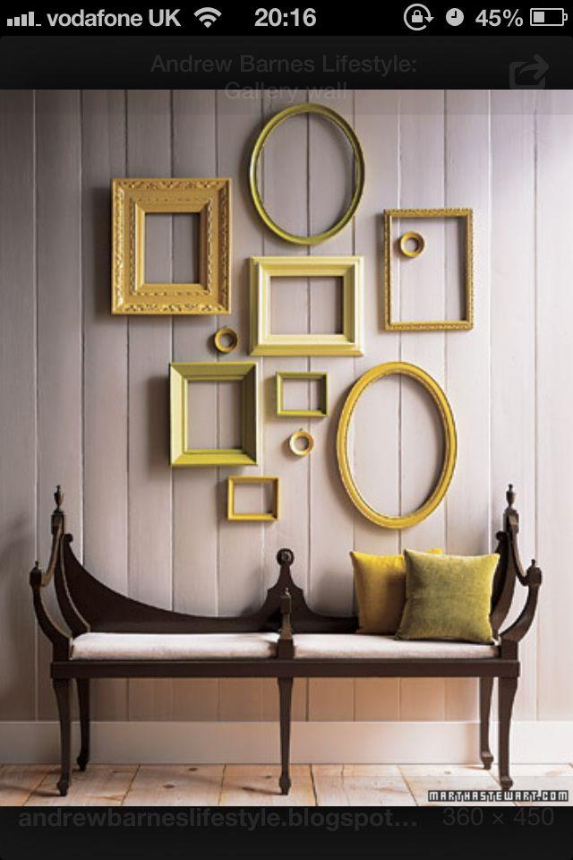 les 71 meilleures images du tableau wall gallery mur de cadres sur pinterest d co maison. Black Bedroom Furniture Sets. Home Design Ideas