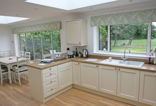 We've made some pretty huge roman blinds in the past, but this one I think sets another record – in-house at least! When we first met our Buckinghamshire client during their house renovations, their 5 panel bi-fold doors posed the usual problem. Five panel doors are a bit of a tricky proposition. A two blind …