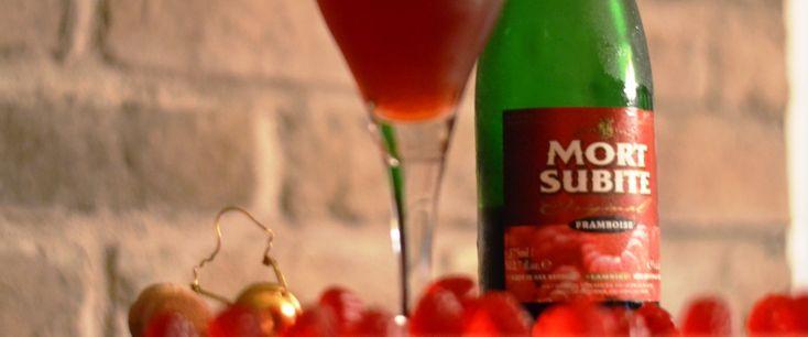 Η τέχνη της ζυθοποίησης με φρούτα ξεκίνησε από το Βέλγιο όταν οι ζυθοποιοί έριξαν κεράσια και σμέουρα στις δεξαμενές τους δημιουργώντας τις πρώτες φρουτόμπιρες Lambic.