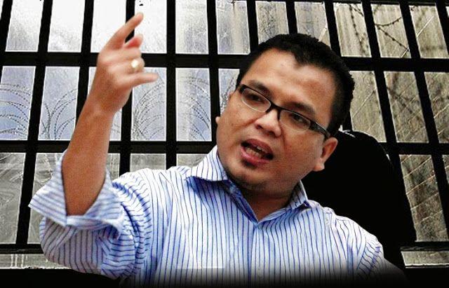 Denny Indrayana  Gak dapat pensiun, mantan Wakil Menteri Jadi Sopir Travel di Australia!