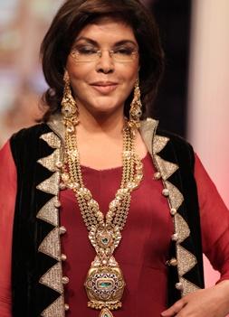 Day 2 - Zeenat Aman walked the ramp for RK Jewellers #iijw   INDIA INTERNATIONAL JEWELLERY WEEK 2013
