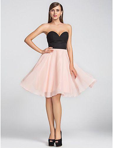 uma linha-namorada na altura do joelho vestido de chiffon cocktail (605.455) - BRL R$ 227,64