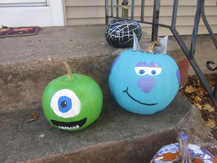 Sully and Mike Wazowski Pumpkins- Monsters Inc/Monsters ...