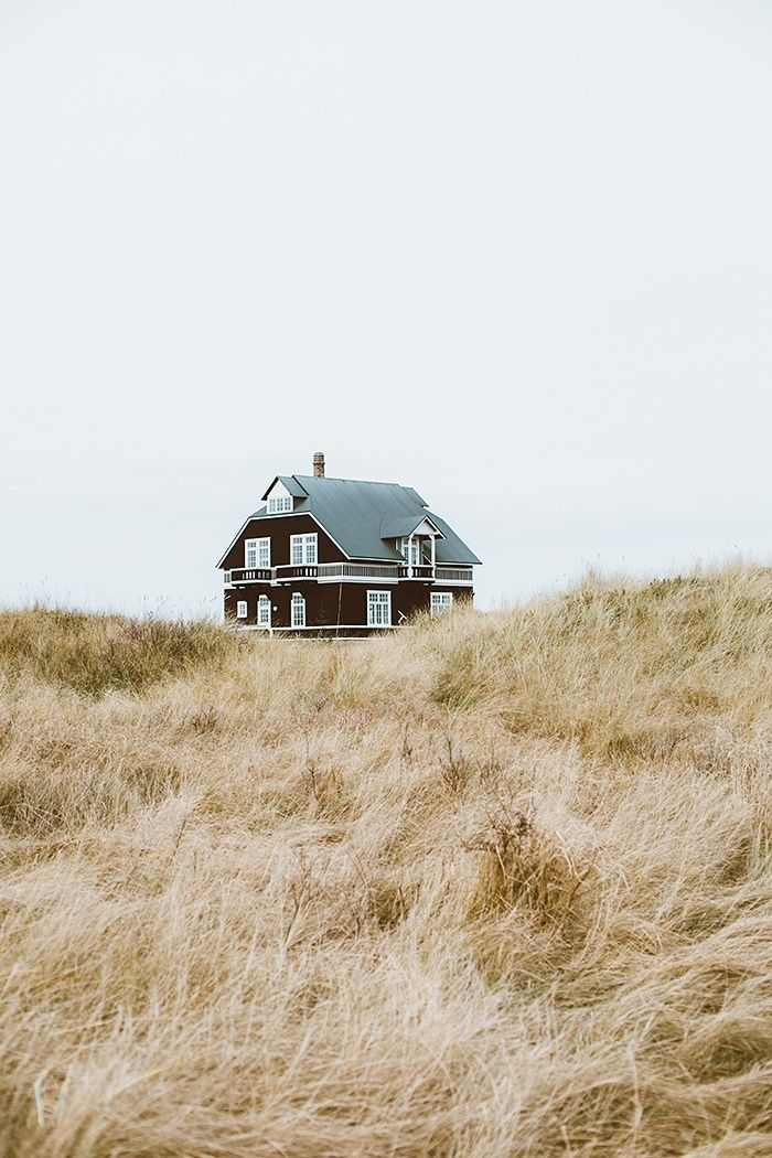Cottage Charm In The Dunes Of Skagen - CHRISTINA GREVE