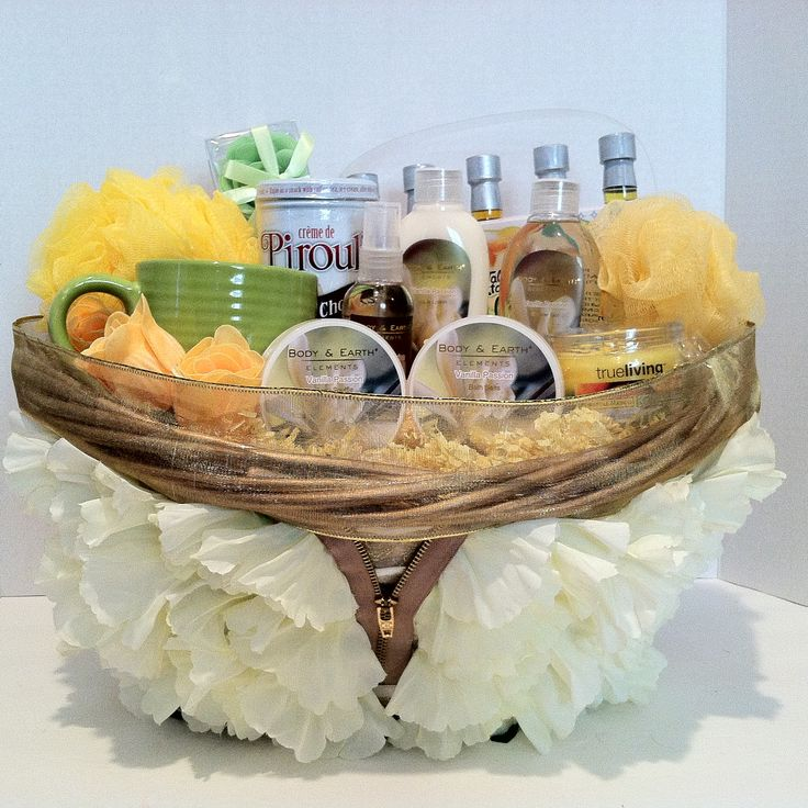 (Spa Gift Basket) Fancy~Vera Mae Collection Indulge in serenity in Vanilla relax an wash all your stress away take yourself on a retreat you deserve it and with our one of a kind finest decorative design basket just for you with 1 Shower Gel 1 Body Lotion 1 Body Spray 1 Mini Sponge 1 Bath Salt 5 Soap Rose Petal 1 Body Sponge 1 Body Souffle 1 Cup 1 Candle 1 Pirouline 5 Coastal Cocktails Tropical Cocktails Just Add Rum (Non Alcoholic) Cocktail Mixes Pina Colada, Sangria, Mango Daiquiri, Mai…