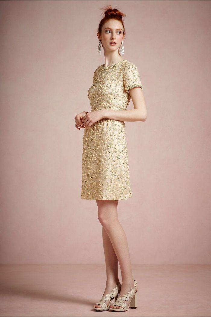 Goldenes kleid welche schuhe