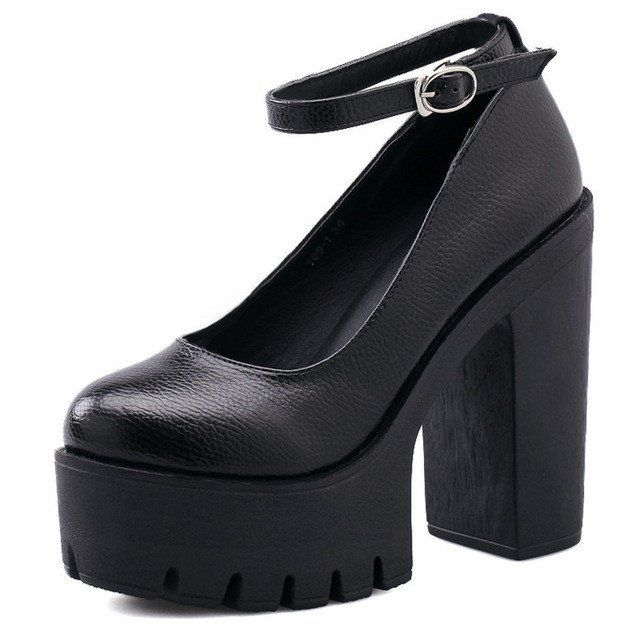 Lining Material: PUUpper Material: PUFit: Fits true to size, take your normal sizeHeel Height: Super High (8cm-up)Insole Material: RubberOutsole Material: RubberPlatform Height: 5-7cmLeather Style: Soft Leather Our product women's size standard (error -1 to 1cm) US4.0=EUR34=215-220mm US4.5=EUR35=220-225mm US5.5=EUR36=225-230mm US6.5=EUR37=230-235mm US7.0=EUR38=235-240mm US8.0=EUR39=240-245mm US8.5=EUR40=245-250mm US9.5&...