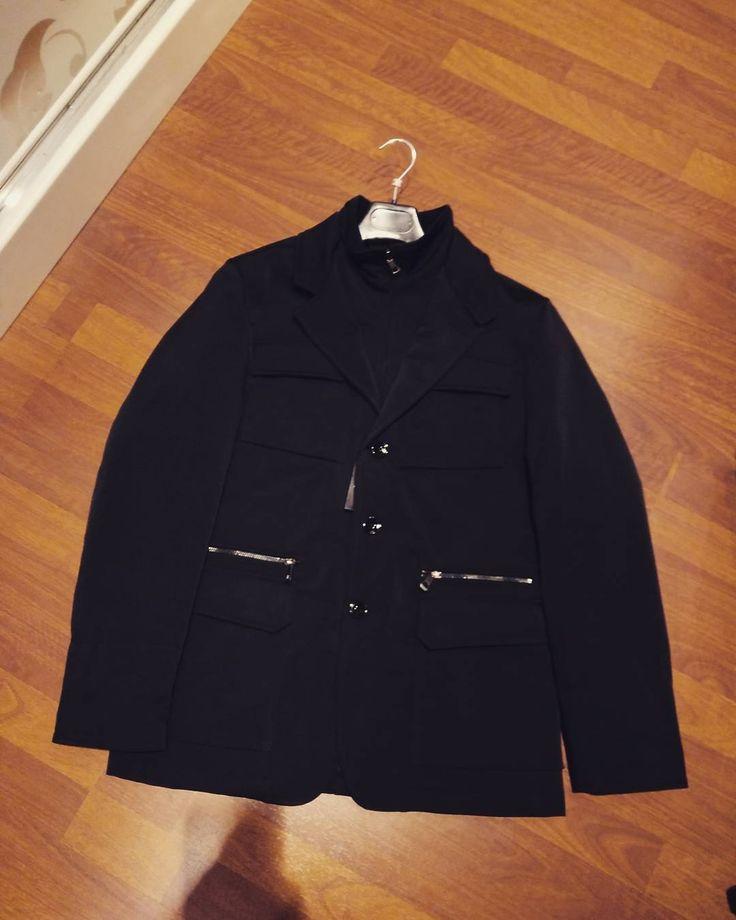 Uomo #piumino taglio #giacca colore blu notte tg dalla 44 alla 54 euro 59 #valeria #abbigliamento