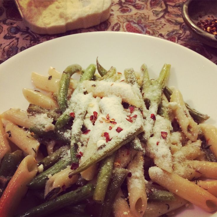 Green Beans and Penne with Garlic and Yarrow - a recipe for cooking stuff from the lawn