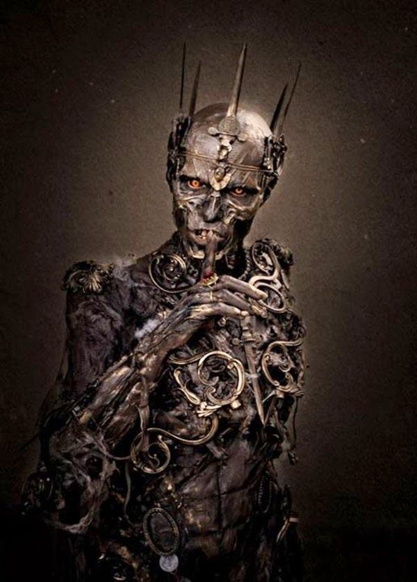 Aterrador disfraz de Zombie, Cosplay http://www.syfyfantasy.com/2014/07/aterrador-disfraz-de-zombie-cosplay.html#more