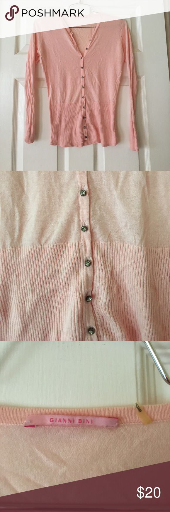 Gianni bini pink top size xs long sleeve cotton Gianni bini pink top size xs long sleeve cotton Gianni Bini Tops Button Down Shirts