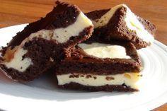 Hrnečkový recept na úžasný a vláčný kakaový moučník. Udělejte pro své zdraví něco navíc a upečte ho jako celozrnný.