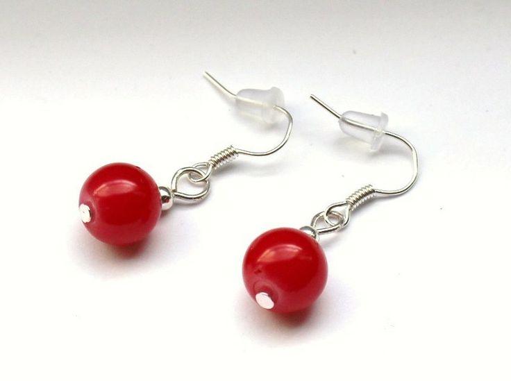 Czerwone kolczyki ze szklanych kulek 10 mm w Especially for You! na http://pl.dawanda.com/shop/slicznieilirycznie  #kolczyki #earrings  #handmade #DaWanda