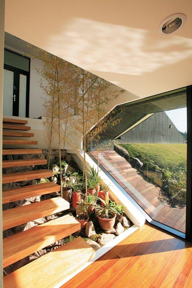 Villa Topoject / AND [Future Architecture: http://futuristicnews.com/category/future-architecture/]