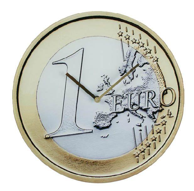 El reloj de pared Moneda de Euro es un reloj de lo más alucinante. Tiene un diámetro de aprox. 38 cm y un bello diseño de moneda de euro. Este reloj de pared es una gran idea si lo que necesitas es hacer un regalo especial. ¿A quién no le gusta que le regalen euros? Funciona con pilas (1 x AA).
