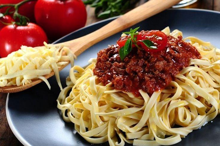 Sabia que Mussolini já quis banir o macarrão da culinária italiana? - http://superchefs.com.br/noticias-de-gastronomia/sabia-que-mussolini-ja-quis-banir-o-macarrao-da-culinaria-italiana/ - #Arroz, #BenitoMussolini, #Italia, #Macarrão, #Superchefs