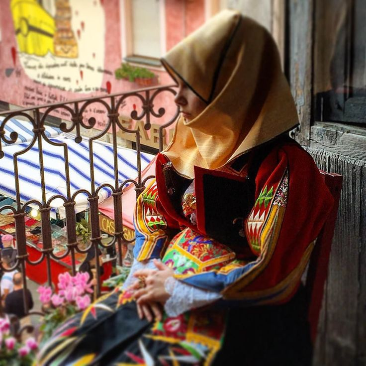 Orgosolo#costume tipico#tradizioni#Cortes apertas#Supramonte#Sardegna#barbagia#sardinia# by francesco.secci | #Supramonte's - #Sardinia #Sardegna