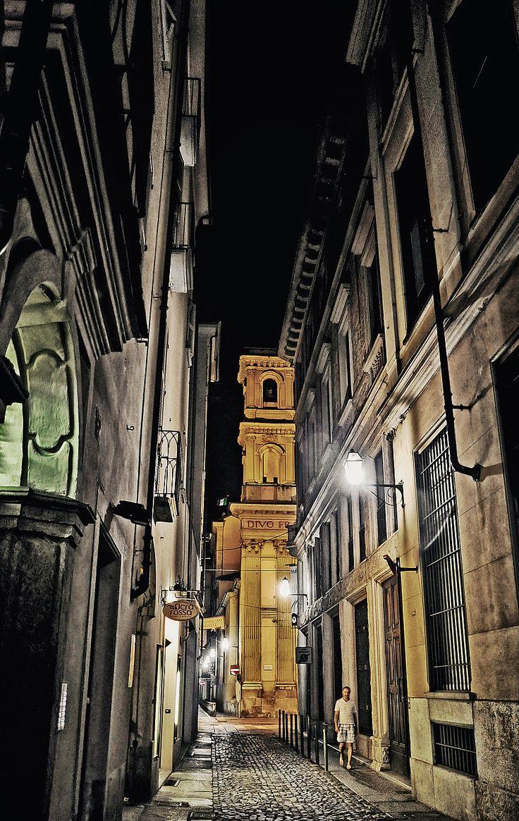 Via Barbaroux, Torino Learn Italian in Turin www.ciaoitaly-turin.com